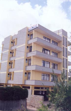 Yonas Hotel