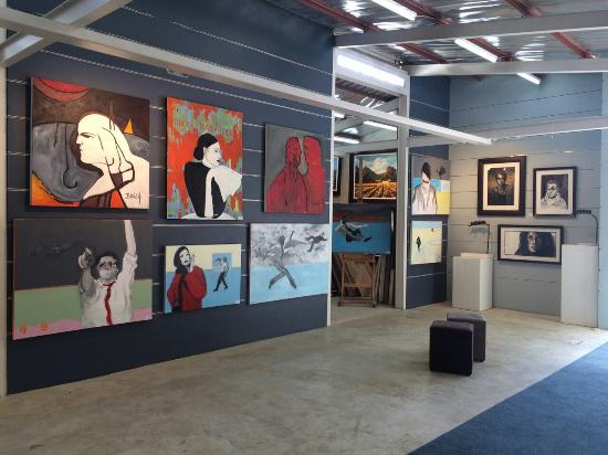 Alice Art Gallery: Visiting the new one and only Alice Art