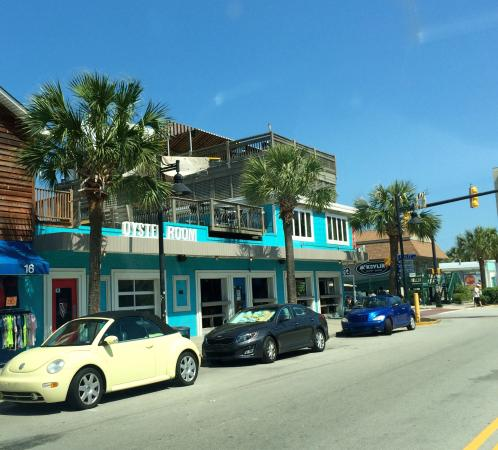 The Oyster Room: The Oyster House is open, & it is great!! The staff is friendly, & the food is delicious! Review