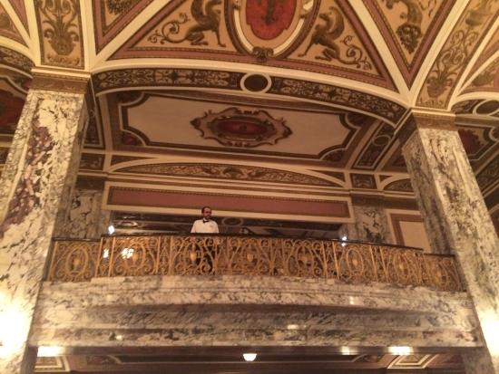 Stage - Picture of Cadillac Palace Theatre, Chicago ...
