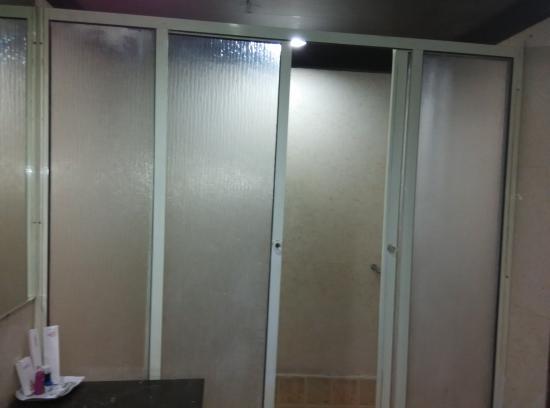 Grand Marian Hotel : bathroom