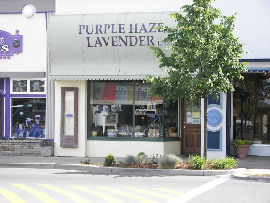 Purple Haze Lavender Farm: The Purple Haze Lavender store downtown