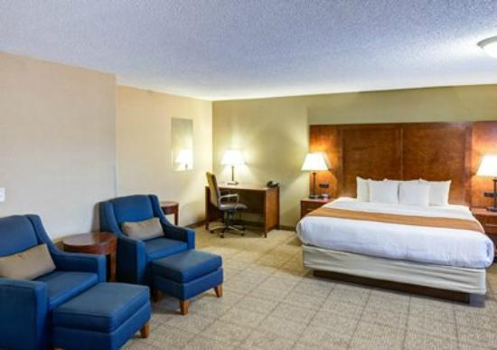 Comfort Inn: Spacious King Suite
