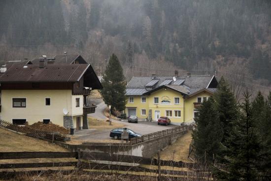Innerfraganter Wirt Gasthof-Pension