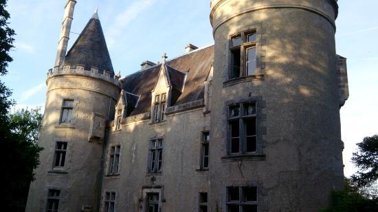 Montmorillon, France: Château de Fougeret