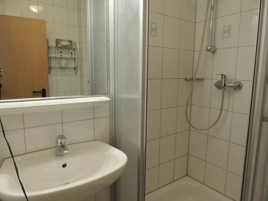 Alt Graz Hotel: Banheiro