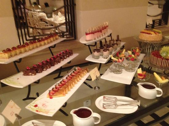 Fayrouz Lebanese Restaurant : Desserts