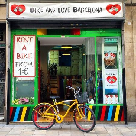 Bike and Love Barcelona