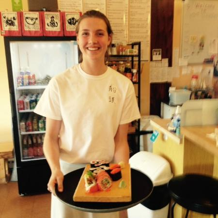 Sushi Factory Sendo: fast and professional service from a charming young lady