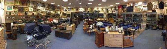 Eastbourne Auction Rooms: Bumper Saturday Sales