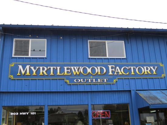 Garibaldi, Όρεγκον: Myrtlewood Factory Outlet