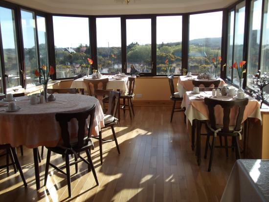 Lisara House B&B: Dining Room
