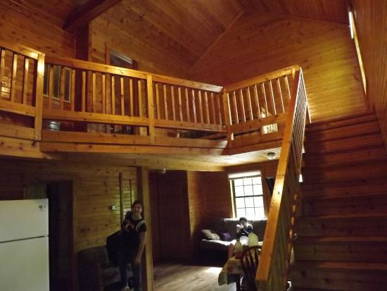 Ouabache Trails Park: Inside the cabin again