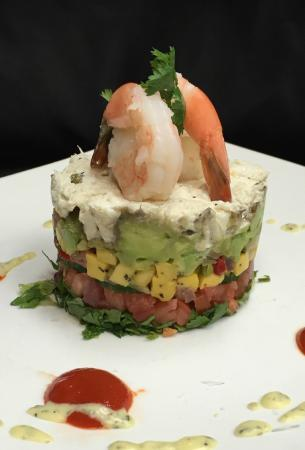 Florida's Fresh Grill: Florida's Fresh Avacado Crab Tower