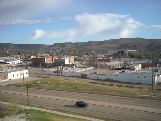 Quality Hotel Drumheller: town view to north west