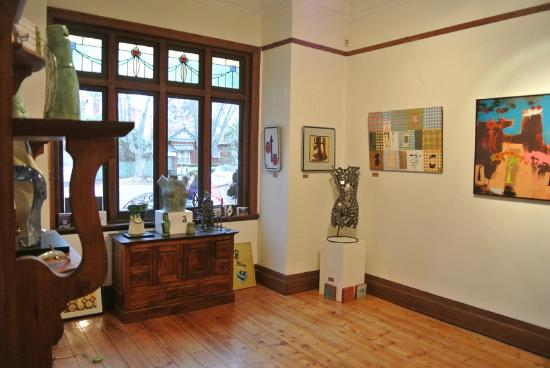Pumpkin Lane Art Gallery