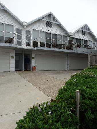 Modern well presented apartment suites with attached secure garage!