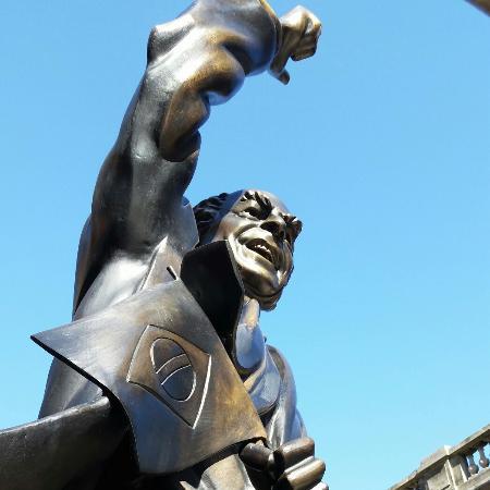 Estátua de Leonel Brizola