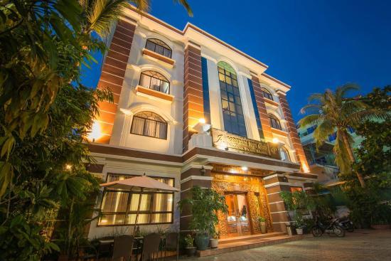Angkor Pearl Hotel: Hotel Exterior