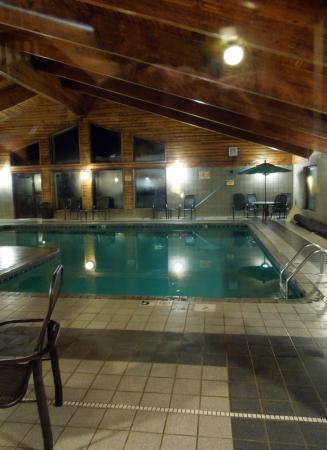 AmericInn Lodge & Suites Tofte - Lake Superior: Pool Area