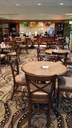Quality Inn Union City: Breakfast Area