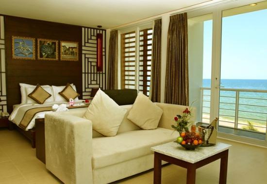 Villa Del Sol Beach Villas & Spa: Beach Front