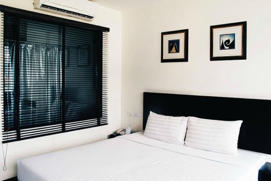 Patong Paradee Resort: Loving the minimalist theme.