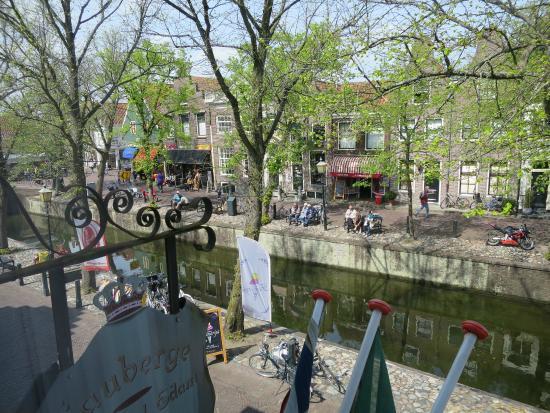 L'Auberge Damhotel Edam: vue sur le canal