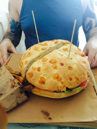 hamburgueria do mercado man vs food challenge