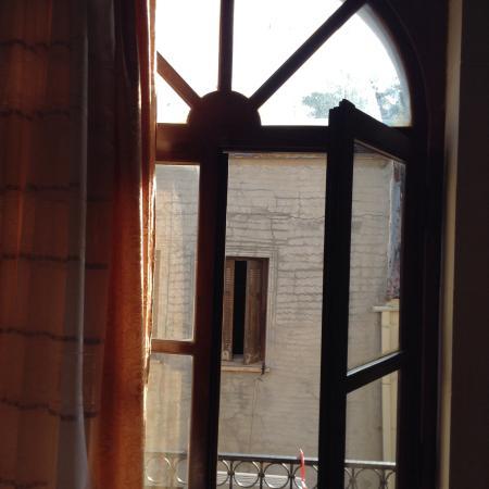 Casa Latina : Balcony door
