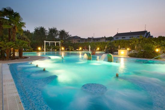 Hotel harrys 39 garden abano terme prezzi 2018 e recensioni - Terme di castrocaro prezzi piscina ...