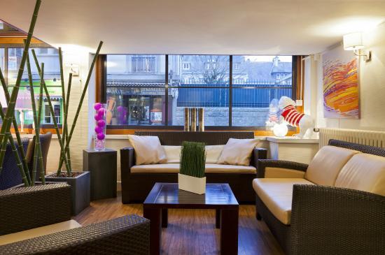 comfort hotel astoria lorient voir les tarifs 71 avis. Black Bedroom Furniture Sets. Home Design Ideas
