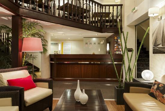 Comfort Hotel Astoria : Réception-Hall