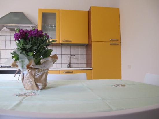 Casa Vacanze Il Melograno: Kitchen