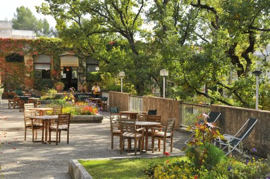 Terrasse Villa Borghese : restaurant Picture of Villa Borghese, Greoux les Bains