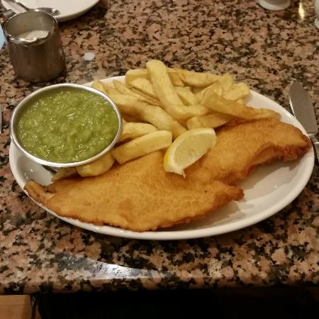 Mother Hubbard's : Awesome gluten-free fish and chips