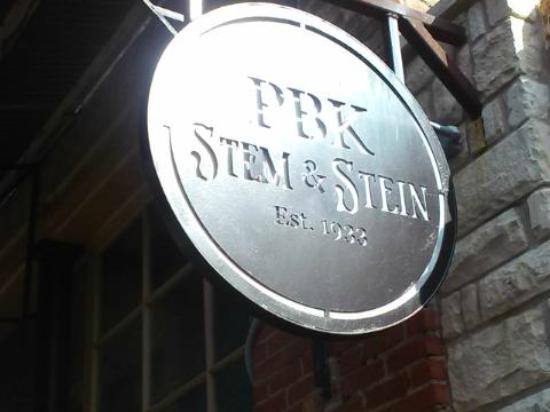PBK Stem & Stein: Sign outside
