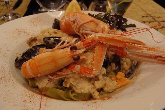 Rockvilla Guest House: Seafood tagliatelle