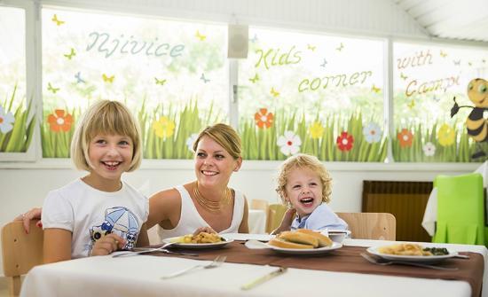 Hotel Beli Kamik: Kids restaurant
