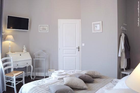 chambres d 39 h tes lille aux oiseaux b b france voir les tarifs 74 avis et 33 photos. Black Bedroom Furniture Sets. Home Design Ideas