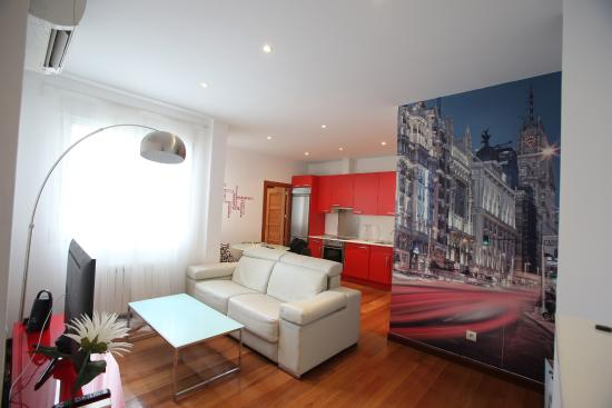 Madrid SmartRentals Atocha: Living room area
