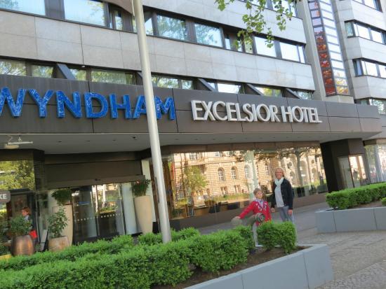 Wyndham Berlin Excelsior - Picture of Wyndham Berlin Excelsior, Berlin - TripAdvisor