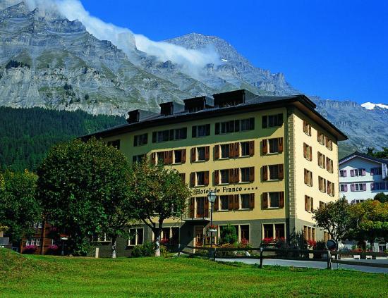 Thermalhotels & Walliser Alpentherme Leukerbad: Außenansicht Hotel de France