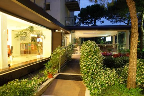 Hotel Martini: Giardino