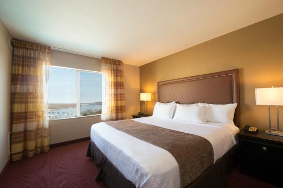 Hotel Vue: King Guest Room