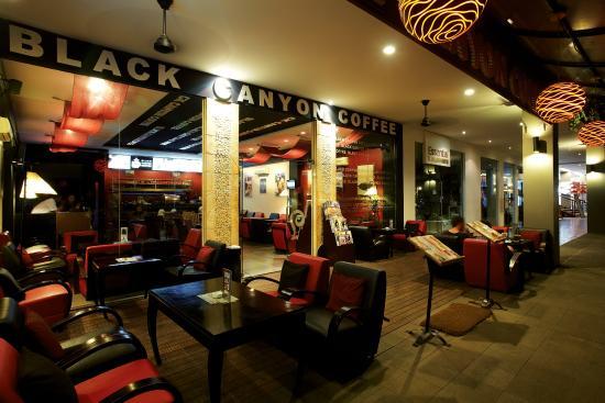 Seminyak Square: Restaurant area
