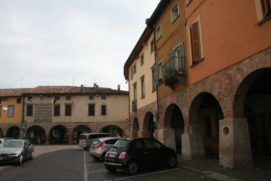 Martinengo, Italie : portici