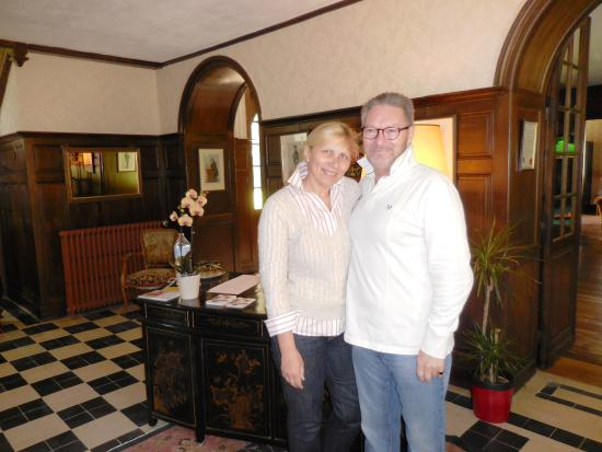 Chateau Quelennec Maison D'hote : Mike and Zina, the owners and hosts will welcome you with open arms and share their beautiful ho