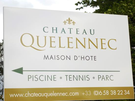 Chateau Quelennec Maison D'hote: Chateau Quelennec, a great place to stop while visiting the parish closes.