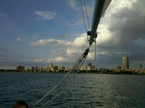 Seven Seas Sailing Center
